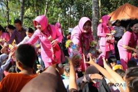 Bhayangkari Polda Bali salurkan bantuan ke Lombok