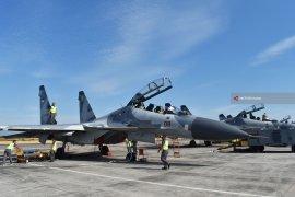 Dua Pesawat Sukhoi TNI AU Usir Pesawat Asing di Tanjungpinang