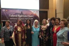 Busana tradisional berbagai negara warnai gala dinner ICW