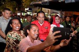 Presiden naik andong di Malioboro sapa masyarakat