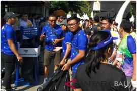 "Danone-AQUA kampanyekan gerakan #BijakBerplastik pada ""Bali Marathon 2018"""