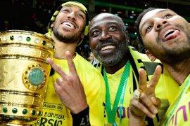 Ayah Aubameyang ditunjuk menjadi salah satu pelatih timnas Gabon