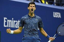 Djokovic kalahkan  del Potro untuk gelar Grand Slam ke-14