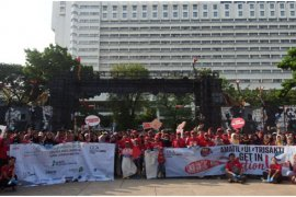 """Coca-Cola Amatil Indonesia dukung """"Clean Up Jakarta & Bali Day 2018"""""""