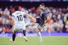 Emre Can bela Ronaldo terkait kartu merahnya