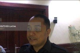 Anggaran Pengelolahan Limbah B3 Surabaya Dialihkan Bangun Sekolah