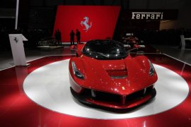 Ferrari siapkan 15 mobil baru tingkatkan keuntungan
