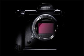 Fuji GFX 100MP, mirrorless dengan stabilisasi gambar build-in