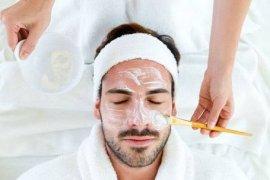 Pria cenderung malas merawat kulit wajah di usia muda