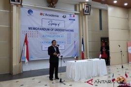 iPhone pakai eSIM, Indonesia fokus urusi kartu SIM