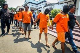 Delapan pelaku penganiayaan suporter sudah ditetapkan tersangka