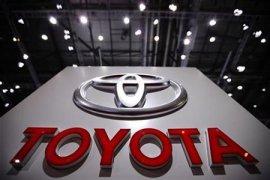 Toyota juga tarik 1,7 juta kendaraan terkait kantung udara