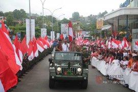 """Tarian Tobelo sambut """"kirab bendera"""" TNI di Ambon"""