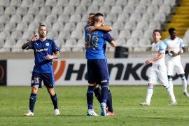 Kebobolan di menit akhir, Marseille ditahan imbang Apollon 2-2