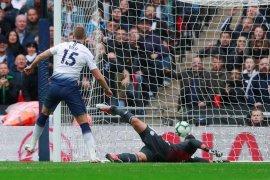 Gol tunggal Dier antar Tottenham atasi 10 pemain Cardiff