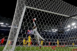 Olsen lakukan penyelamatan gemilang, Swedia imbangi Rusia 0-0