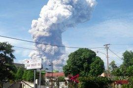 Lima Kecamatan Minsel Terdampak Abu Soputan