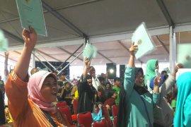 Presiden serahkan puluhan ribu sertifikat tanah di Marunda