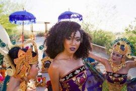 Livi Zheng promosikan budaya Indonesia ke dunia