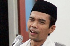 "Abdul Somad: Jika tak hadir, kita ""tenggelamkan"" Ibu Susi"