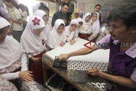 Belajar mengenal batik nusantara
