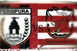 Persipura incar poin di kandang Madura United