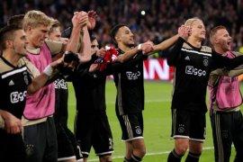 Hasil dan klasemen Grup E, Ajax dan Muenchen belum terbendung