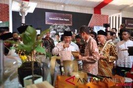 Prabowo puji program ekonomi kerakyatan LDII