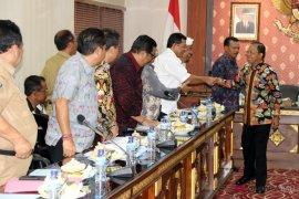Pergub aksara Bali diberlakukan mulai 5 Oktober
