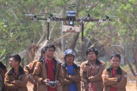 Jelang Kontes Robot Terbang