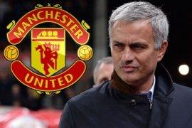 Mourinho yakin MU masuk 4 besar Liga Premier
