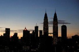 Bursa saham Malaysia pun ikut ditutup turun