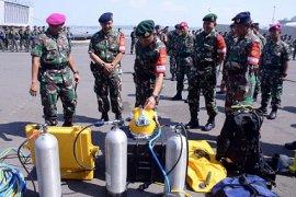 Ribuan Prajurit Apel Kesiapan Satgasla PPRC TNI
