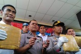 Polres Karawang tangkap enam pengedar ganja