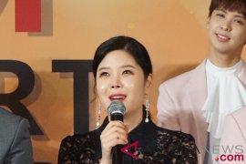 Penyanyi Korea Lyn: bahasa Indonesia terdengar bagus dan lucu