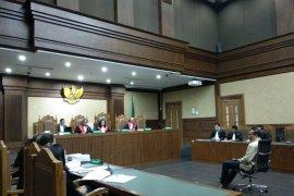 Wakil Ketua DPRD Lamteng dituntut 8 tahun penjara