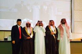 Hidayat Nur Wahid jadi penguji sidang disertasi di Arab Saudi