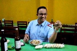 Nasi lengko Cirebon buat Anies Baswedan ketagihan