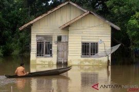 54 ton pangan telah disalurkan korban banjir