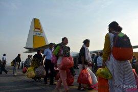 TNI AU terus ungsikan pasien dari Palu