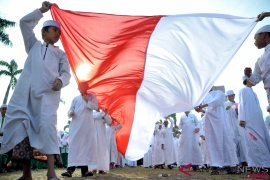 Wiranto sebut santri dan ulama penjaga stabilitas bangsa