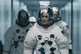 """""""First Man"""", kisah pergolakan hati Neil Armstrong"""