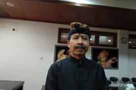 Pura Besakih tempat peresmian penggunaan busana Bali