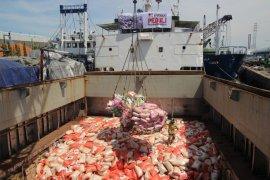 Kapal Kemanusiaan antarkan 1.000 ton bantuan untuk Palu dan Donggala