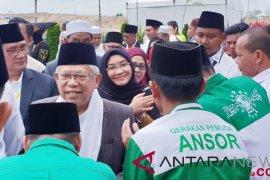 Ma'ruf Amin disambut tokoh masyarakat di Taput