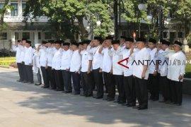 ASN Kota Bandung berpakaian Muslim peringati Hari Santri