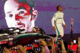 "Lewis Hamilton incar ""hattrick"" di Grand Prix Singapura"