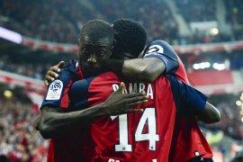 Lille pecundangi Saint-Etienne untuk duduki peringkat kedua