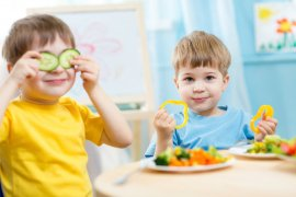 "Ahli: Hanya satu dari empat gaya orangtua ""memberi makan"" anak yang benar"