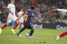 "Barcelona tundukkan Sevilla meski harus ""korbankan"" Messi"